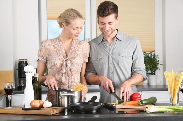Er der steder på nettet hvor man kan købe køkkenmaskiner billigt?